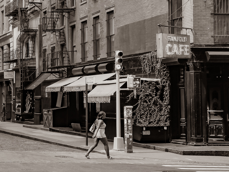 """Concours mars 2019 """"STREET PHOTO"""" - Page 5 User_3387_P1050051-4"""